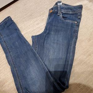 Super Skinny Low Waist Jean's